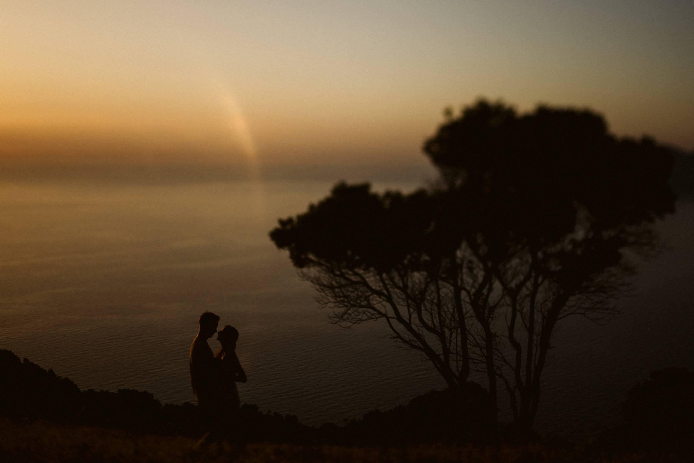 Abendstimmung mit einem Paar auf Korsika