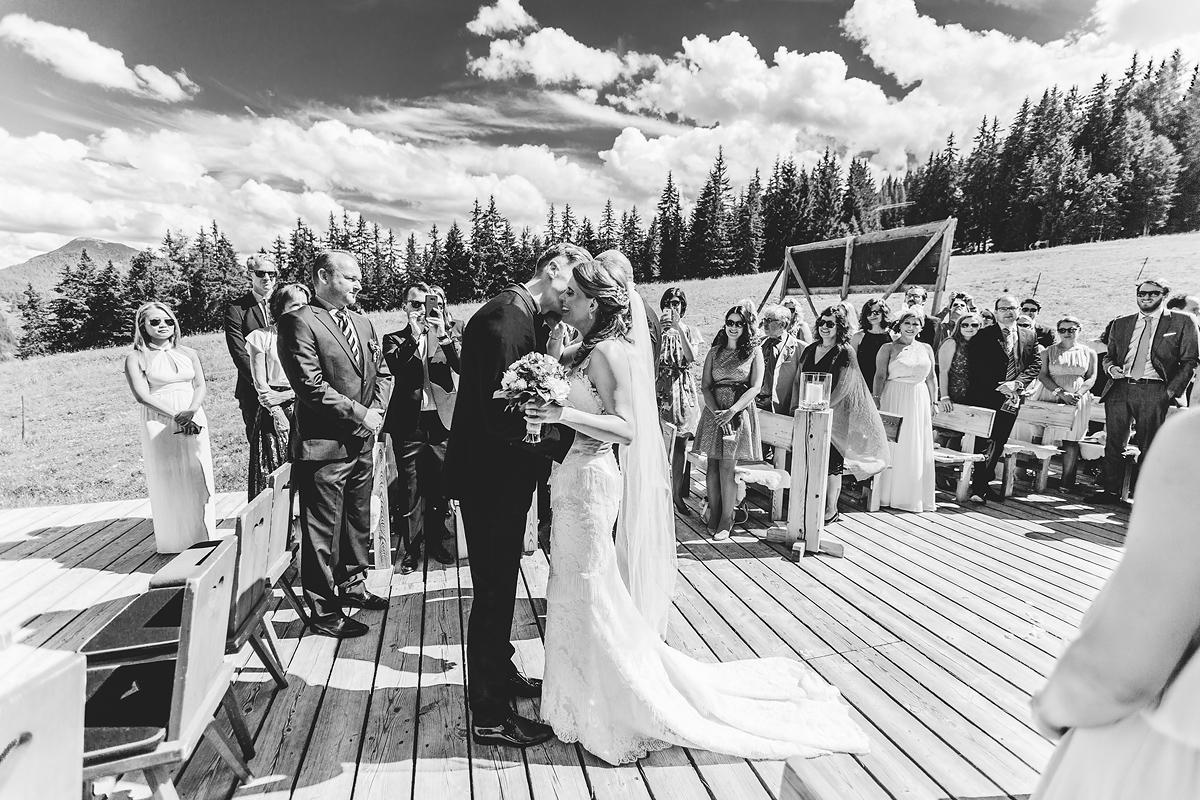 Heiraten-in-den-Bergen-Almhochzeit-Lisa-Alm-09