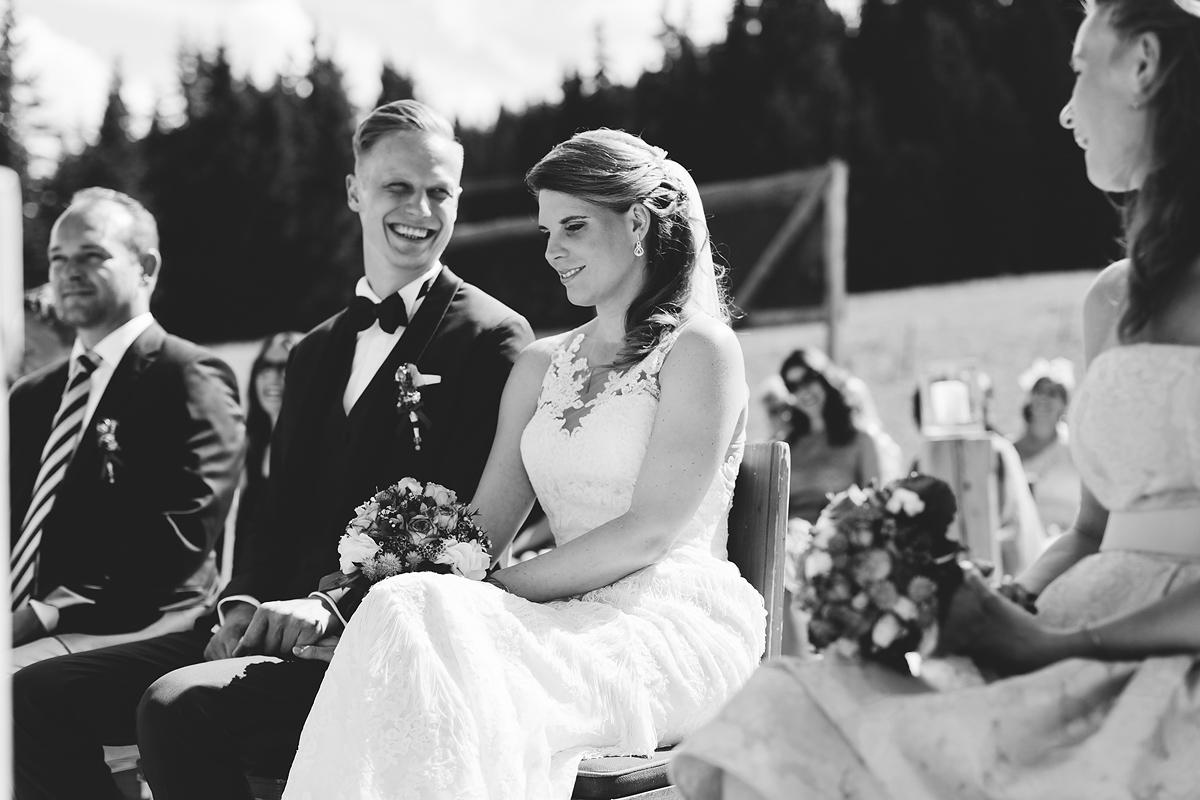 Heiraten-in-den-Bergen-Almhochzeit-Lisa-Alm-10