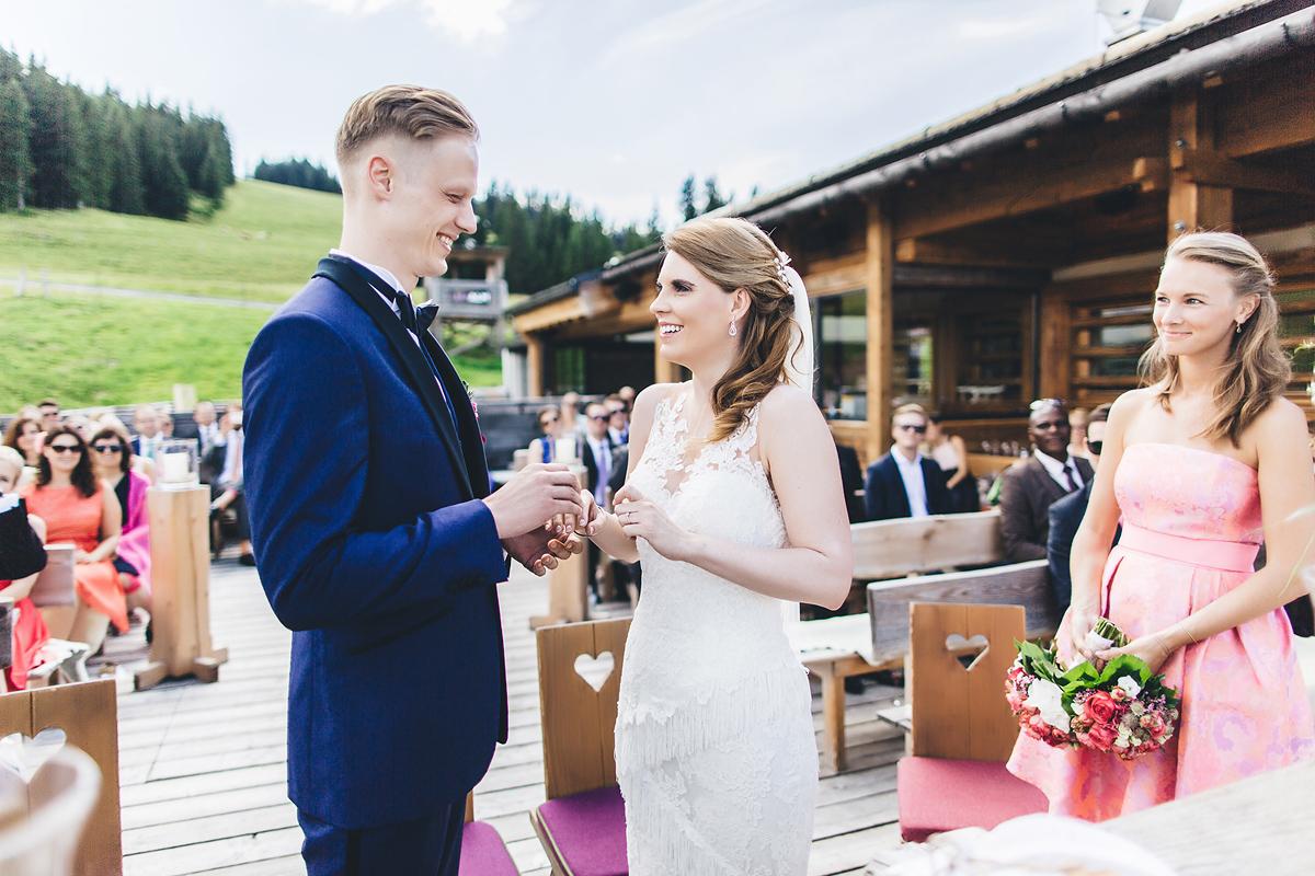 Heiraten-in-den-Bergen-Almhochzeit-Lisa-Alm-15