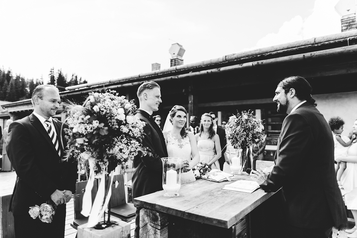 Heiraten-in-den-Bergen-Almhochzeit-Lisa-Alm-16