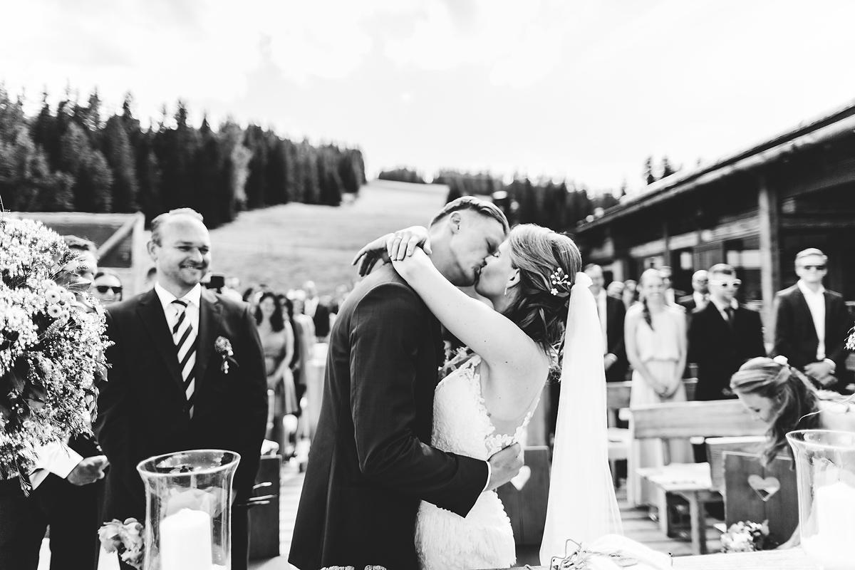 Heiraten-in-den-Bergen-Almhochzeit-Lisa-Alm-17