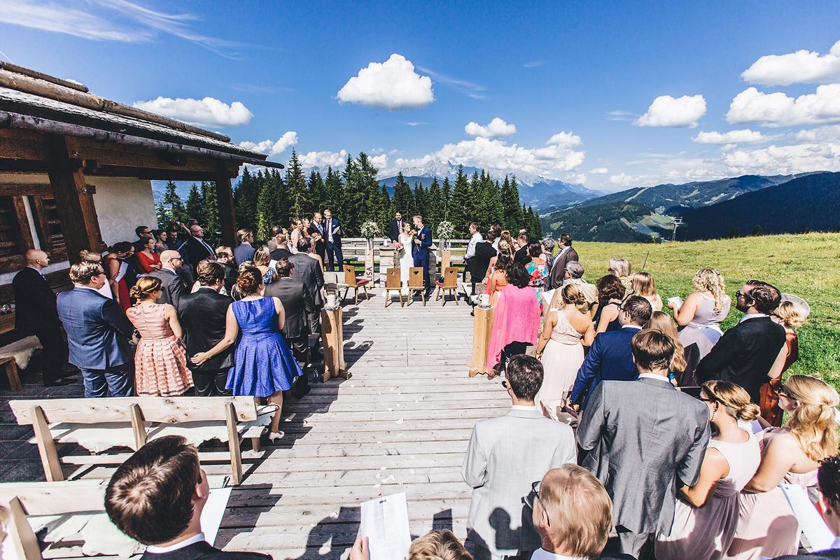 Heiraten-in-den-Bergen-Almhochzeit-Lisa-Alm-18