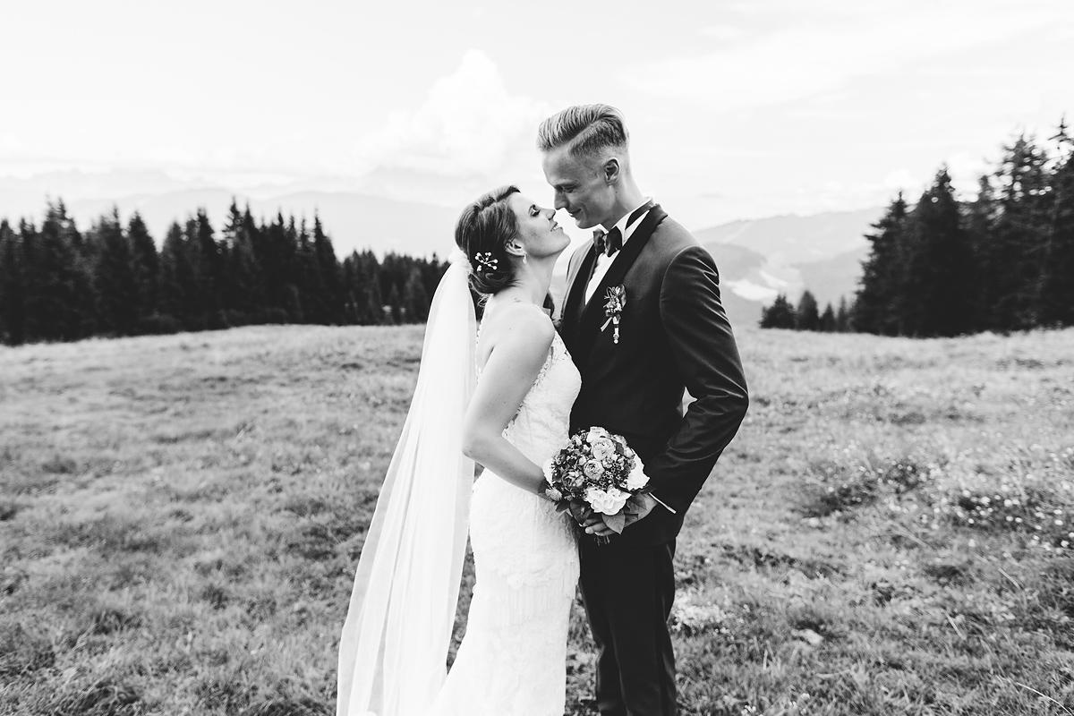 Heiraten-in-den-Bergen-Almhochzeit-Lisa-Alm-30