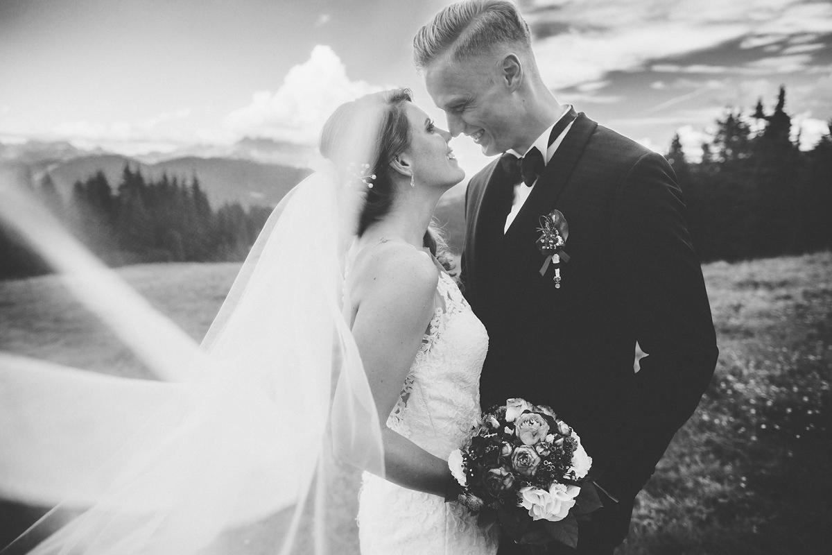 Heiraten-in-den-Bergen-Almhochzeit-Lisa-Alm-31