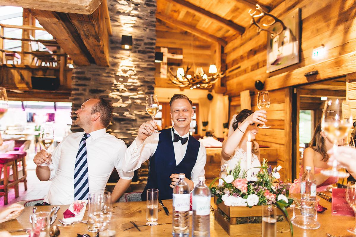 Heiraten-in-den-Bergen-Almhochzeit-Lisa-Alm-35