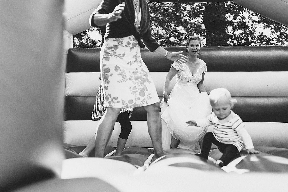 Till_Glaeser_Hochzeitsfotograf_wedding_photographer_Travemuende_Luebeck_Bildpoeten_0034