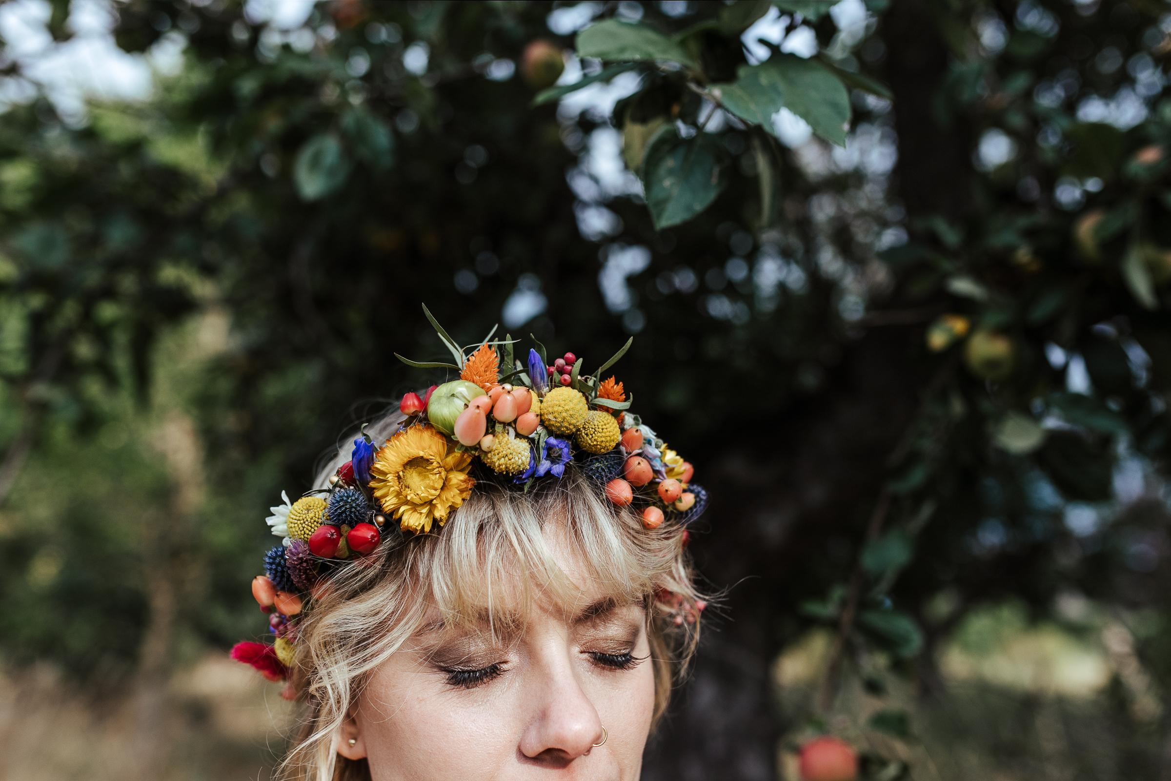 Blumenkranz von Kopflegenden