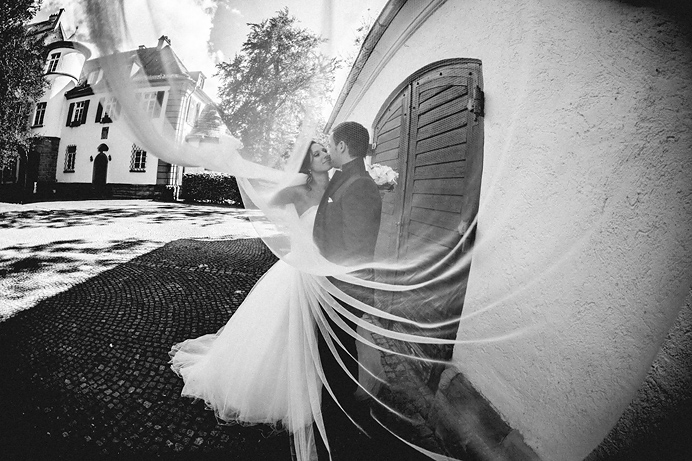 Hochzeitsfotograf-Muenchen-Hochzeit-Hofgut-Hohenstein-45
